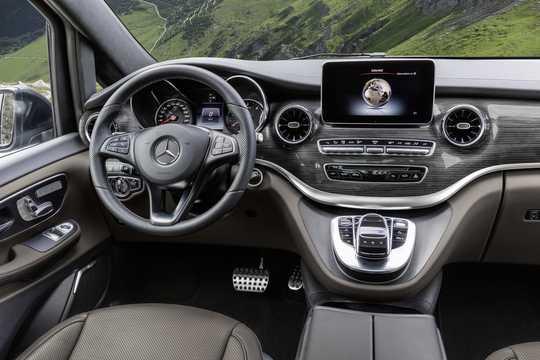 Interior of Mercedes-Benz Viano 2019