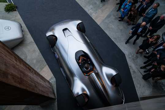 Top  of Mercedes-Benz Vision EQ Silver Arrow 80 kWh Single Speed, 748hp, 2018