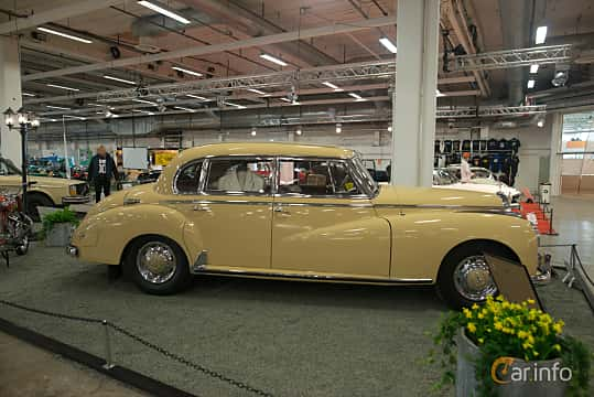 Side  of Mercedes-Benz 300 b Sedan 3.0 Manual, 125ps, 1954 at Bilsport Performance & Custom Motor Show 2018