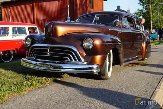 Front/Side  of Mercury Eight Coupé 3.9 V8 Manual, 1947 at Onsdagsträffar på Gammlia v.33 / 2018