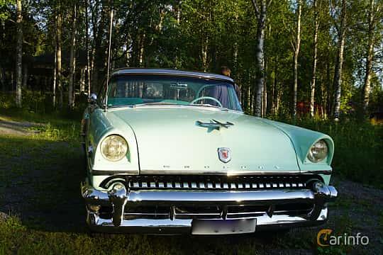 Front  of Mercury Montclair Sun Valley 4.8 V8 Manual, 188ps, 1955 at Onsdagsträffar på Gammlia v.33 / 2018