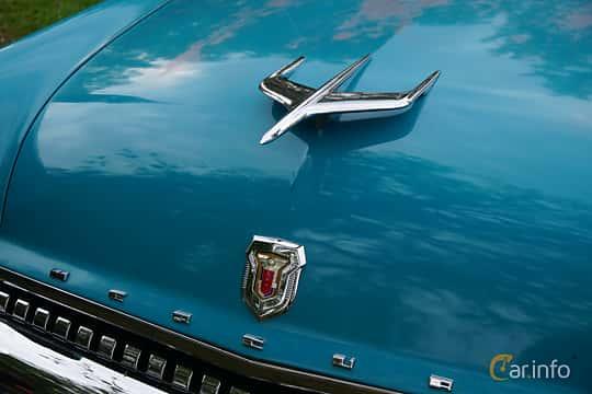 Närbild av Mercury Monterey 2-door Hardtop 4.8 V8 Automatic, 188ps, 1955 på Onsdagsträffar på Gammlia Umeå 2019 vecka 23