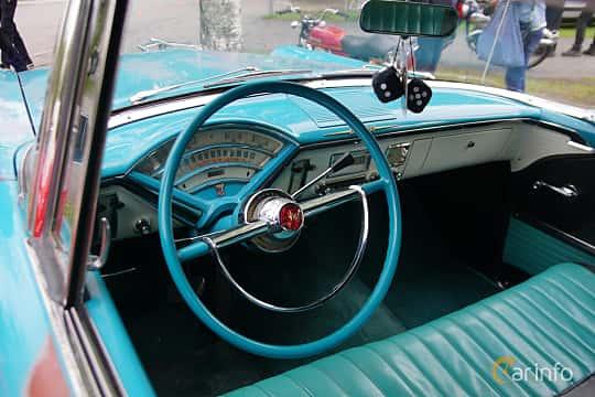 Interiör av Mercury Monterey 2-door Hardtop 4.8 V8 Automatic, 188ps, 1955 på Onsdagsträffar på Gammlia Umeå 2019 vecka 23