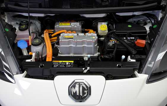 Engine compartment  of MG EV Electric CVT, 71hp, 2014