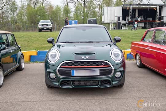 Front  of MINI Cooper SD 3-door  Automatic, 170ps, 2016 at Lucys motorfest 2019