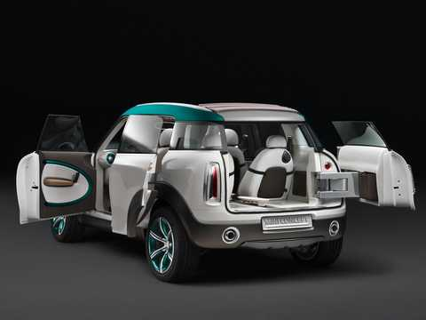 Back/Side of MINI Crossover Concept Concept, 2008