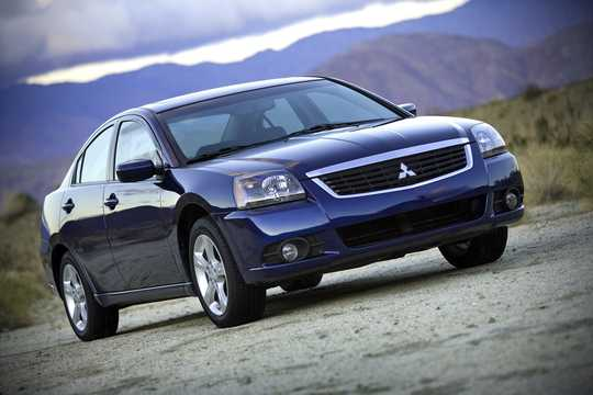 Front/Side  of Mitsubishi Galant 2009
