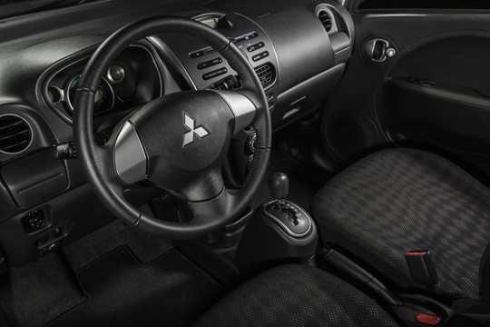 Interior of Mitsubishi i 1st Generation Facelift