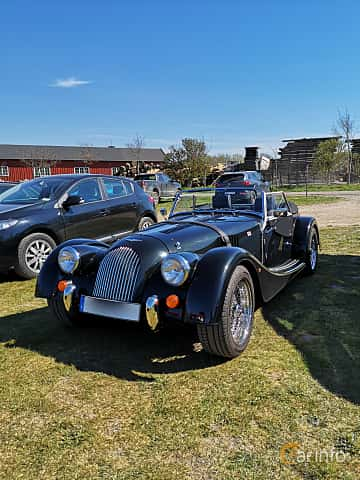 Front/Side  of Morgan Roadster 2-Seater 3.7 V6 Manual, 284ps, 2013