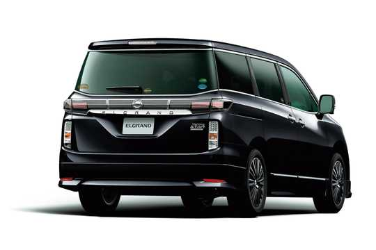 Bak/Sida av Nissan Elgrand 2018