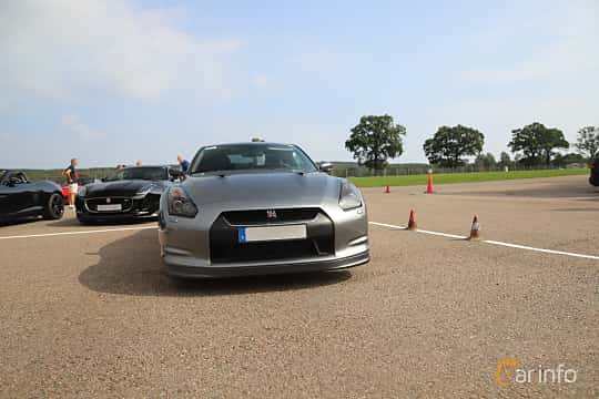 Front  of Nissan GT-R 3.8 V6 4x4 DCT, 485ps, 2010 at Autoropa Racing day Knutstorp 2019