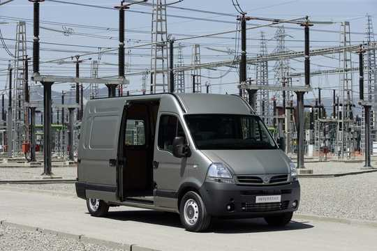 Fram/Sida av Nissan Interstar 2003