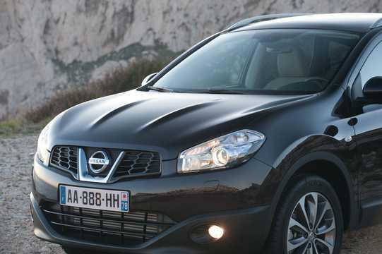 Close-up of Nissan Qashqai 2011