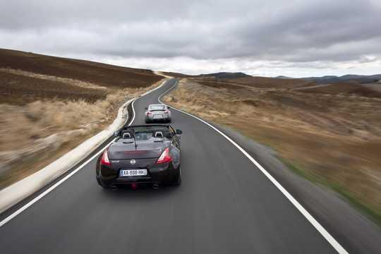 Back/Side of Nissan 370Z Roadster 2010