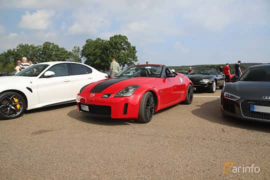 Front/Side  of Nissan 350Z Roadster 3.5 V6  Manual, 280ps, 2005 at Autoropa Racing day Knutstorp 2019
