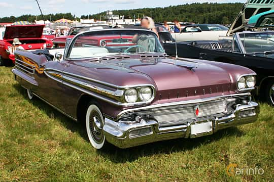 Front/Side  of Oldsmobile Ninety-Eight Convertible Coupé 6.1 V8 Hydra-Matic, 309ps, 1958