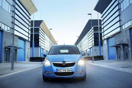 Front  of Opel Agila 2008