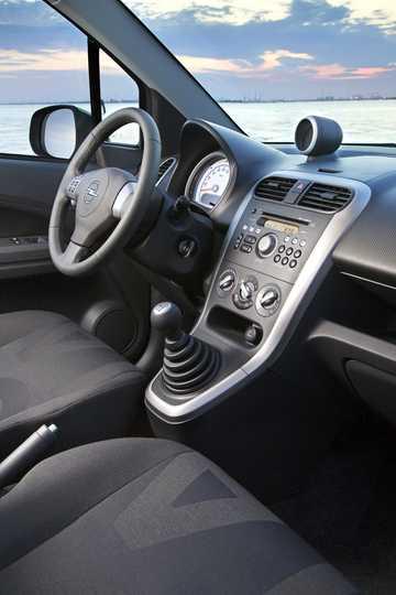 Interior of Opel Agila 2008
