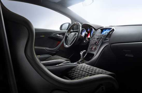 Interior of Opel Astra OPC Extreme 2.0 Turbo Manual, 306hp, 2014