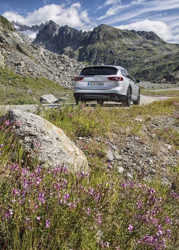 Bak/Sida av Opel Insignia Country Tourer 2017