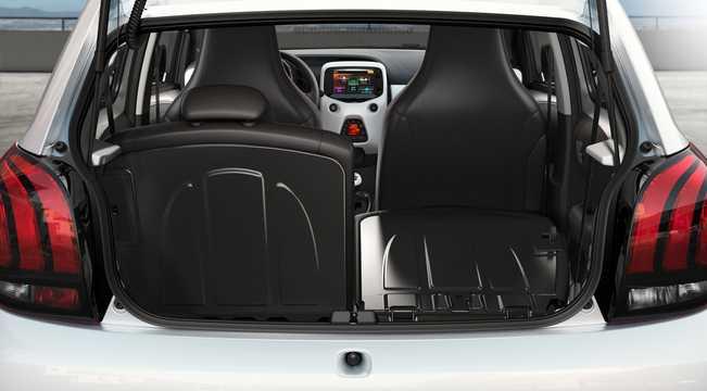 Interior of Peugeot 108 TOP! 5-door 1st Generation