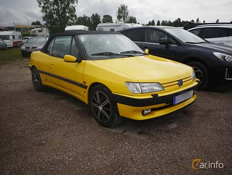 Front/Side  of Peugeot 306 Cabriolet 2.0 Manual, 121ps, 1996 at Classic Car Week Rättvik 2016