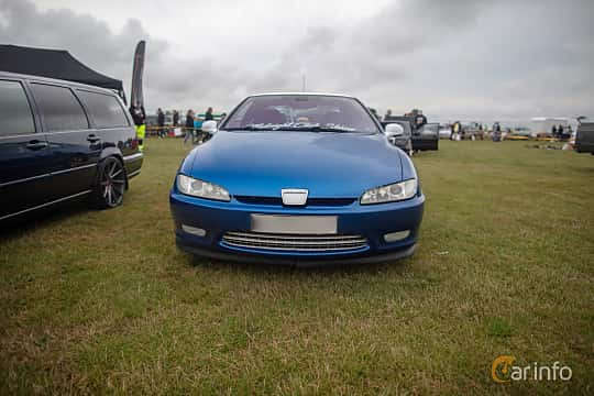 Front  of Peugeot 406 Coupé 2.2 Manual, 158ps, 2003 at Vallåkraträffen 2019