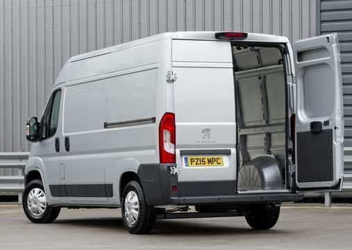 Bak/Sida av Peugeot Boxer Crew Van 2015