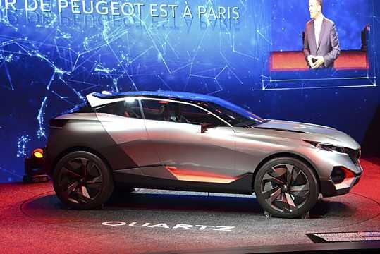 Side  of Peugeot Quartz Concept Concept, 2014