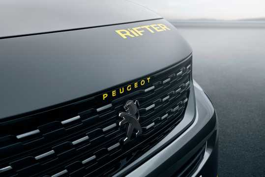 Close-up of Peugeot Rifter 4x4 1.5 BlueHDi 4x4 Manual, 130hp, 2018