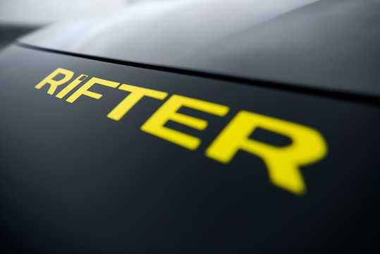 Close-up of Peugeot Rifter 4x4 1.5 BlueHDi 4x4 Manual, 130hp, 2018