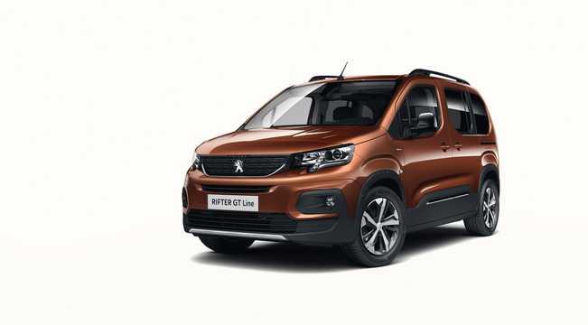 Front/Side  of Peugeot Rifter 2019