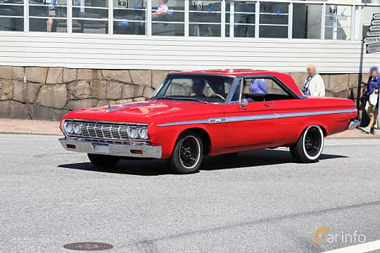 Front/Side  of Plymouth Fury Hardtop Coupé 5.2 V8 TorqueFlite, 233ps, 1964 at Cruising Lysekil 2019