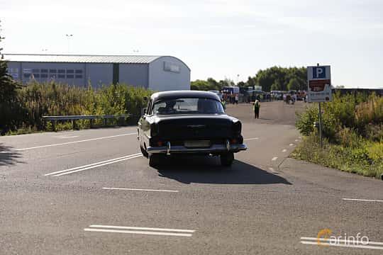 Bak/Sida av Plymouth Plaza 4-door Sedan 3.9 V8 Manual, 159ps, 1955 på Lergökarallyt 2018