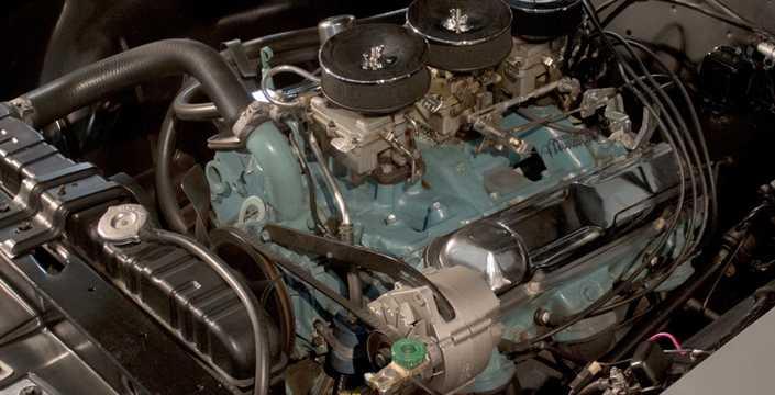 Engine compartment  of Pontiac LeMans 2-door Hardtop 1965