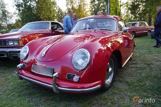 Front/Side  of Porsche 356 1600 Coupé 1.6 Manual, 60ps, 1959 at Onsdagsträffar på Gammlia Umeå 2019 vecka 35