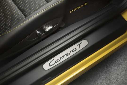 Close-up of Porsche 911 Carrera T 3.0 Manual, 370hp, 2018