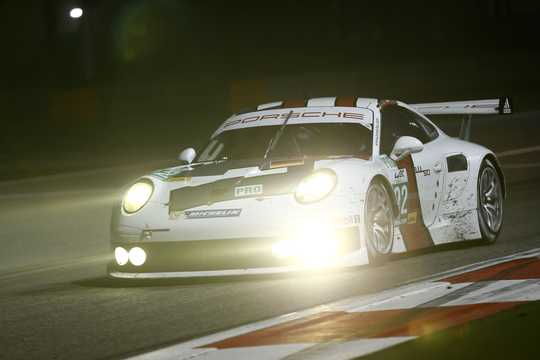 Front/Side  of Porsche 911 RSR 4.0 H6 Sequential, 460hp, 2014