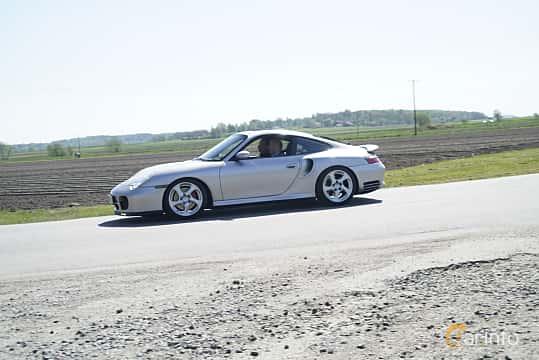 Sida av Porsche 911 Turbo 3.6 H6 4 Manual, 420ps, 2001 på Tjolöholm Classic Motor 2017