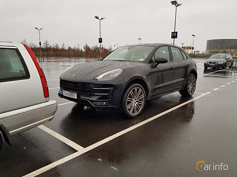 Front/Side  of Porsche Macan Turbo 3.6 V6 4 PDK, 400ps, 2017