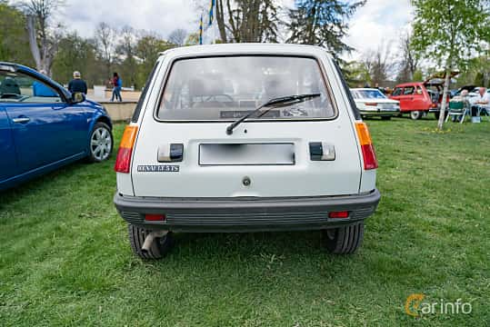Back of Renault 5 3-door 1.4 Manual, 64ps, 1983 at Fest För Franska Fordon  på Taxinge slott 2019