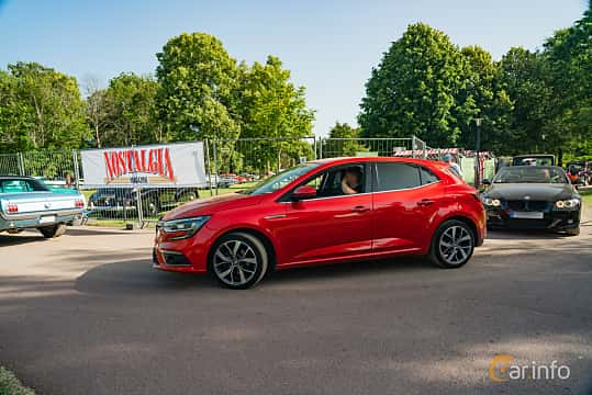 Side  of Renault Mégane 1.2 TCe Manual, 132ps, 2016 at Ronneby Nostalgia Festival 2019