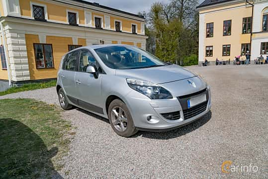 Front/Side  of Renault Scénic 1.6 E85 Manual, 110ps, 2010 at Fest För Franska Fordon  på Taxinge slott 2019