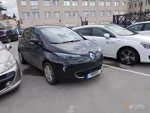 Front/Side  of Renault ZOE 22 kWh Single Speed, 88ps, 2016