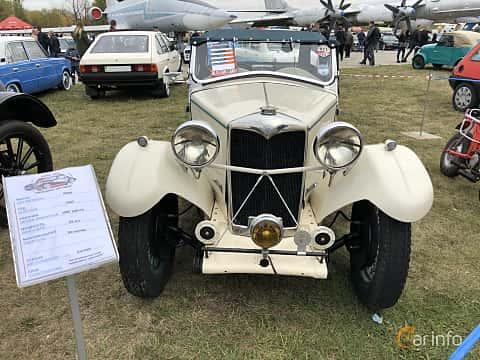 Front  of Riley 9 Convertible 1.1 Manual, 29ps, 1933 at Old Car Land no.2 2019