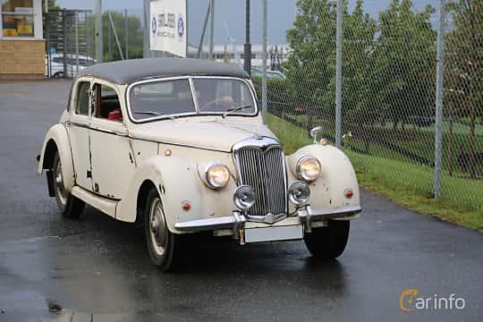 Front/Side  of Riley RMB Sedan 2.5 Manual, 101ps, 1950 at Bil & MC-träffar i Huskvarna Folkets Park 2019 Amerikanska fordon