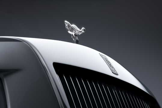 Close-up of Rolls-Royce Phantom 6.7 V12 Automatic, 571hp, 2018