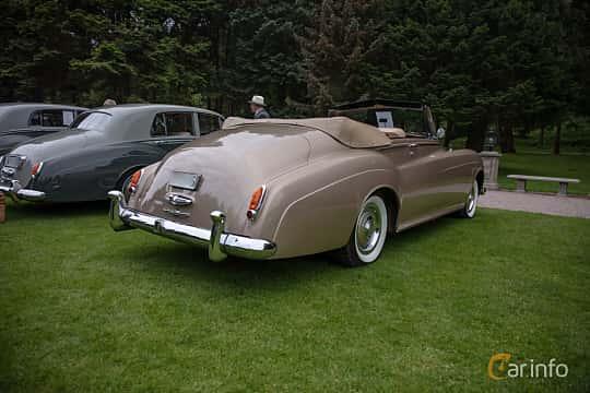 Back/Side of Rolls-Royce Silver Cloud 2-door Convertible 6.2 V8 Automatic, 1962 at Rolls-Royce och Bentley, Norrviken Båstad 2019