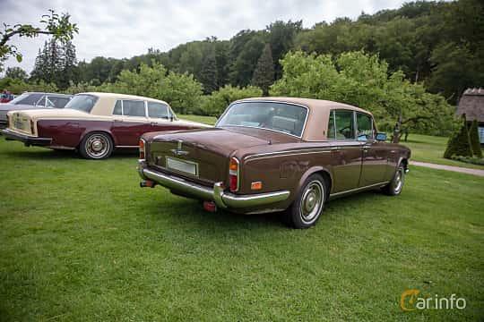 Back/Side of Rolls-Royce Silver Shadow 4-door 6.8 V8 Automatic, 200ps, 1976 at Rolls-Royce och Bentley, Norrviken Båstad 2019