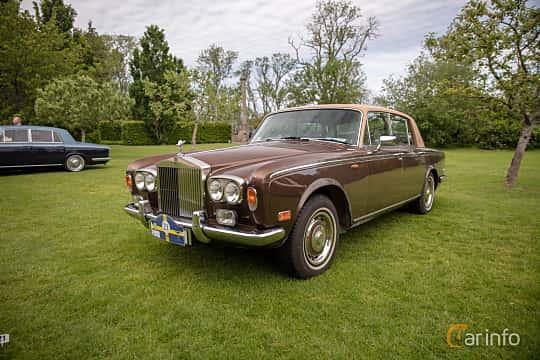 Front/Side  of Rolls-Royce Silver Shadow 4-door 6.8 V8 Automatic, 200ps, 1976 at Rolls-Royce och Bentley, Norrviken Båstad 2019